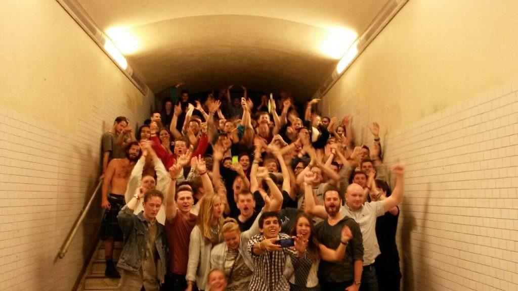 berlin pub crawl crazy