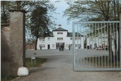 Sachsenhausen Tour Berlin-min-min